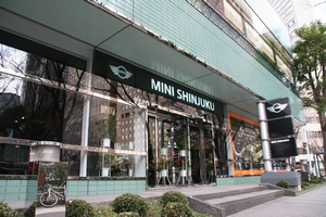 MINI 新宿